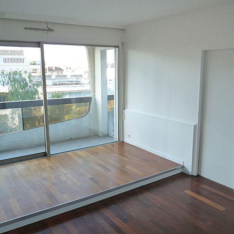 Sale apartment Courbevoie 278000€ - Picture 2