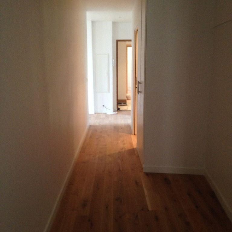 Location appartement Paris 17ème 2830€ CC - Photo 5