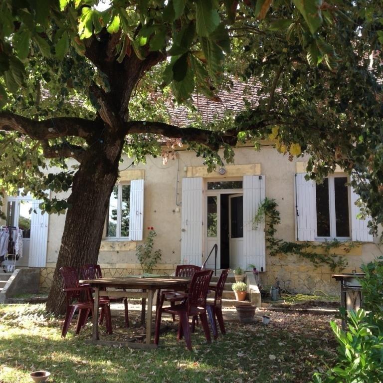 Sale house / villa Cours de pile 149500€ - Picture 1