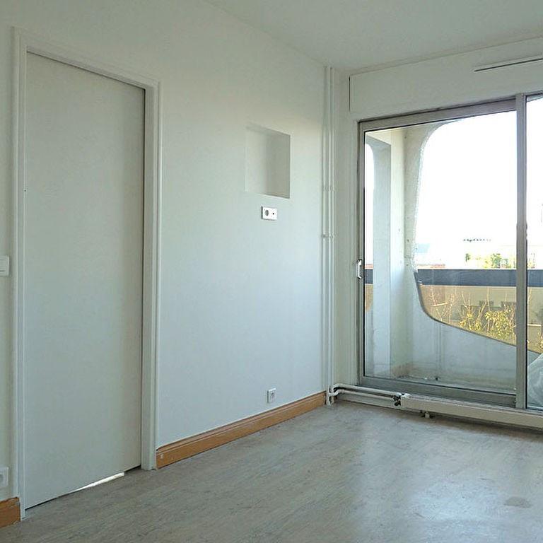 Sale apartment Courbevoie 278000€ - Picture 3