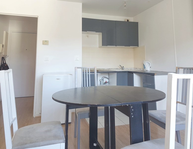 Location appartement Le plessis-trévise 620€ CC - Photo 3