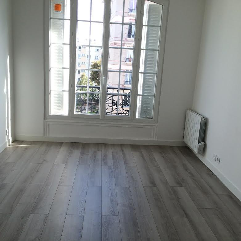 Location appartement Courbevoie 1380€ CC - Photo 1