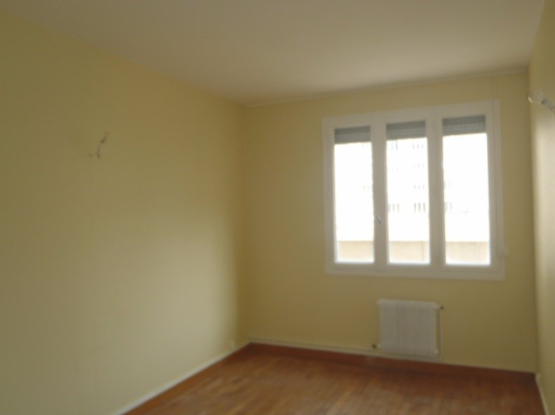 Location appartement Villefranche sur saone 838,41€ CC - Photo 5