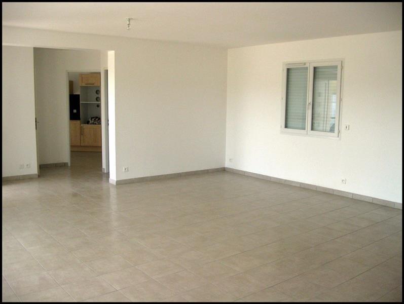 Rental house / villa Grisolles 1035€ CC - Picture 3