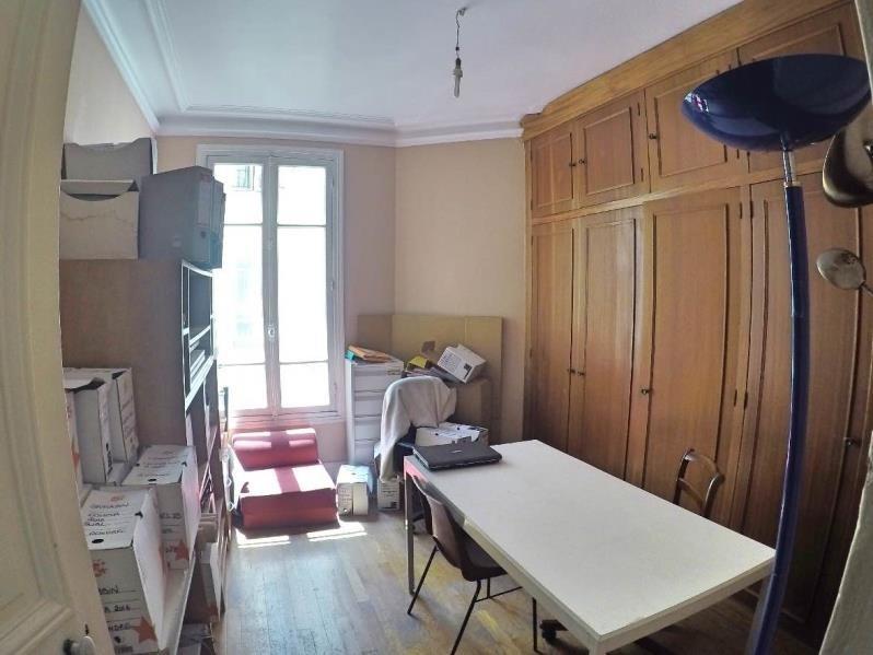 Deluxe sale apartment Paris 10ème 1150000€ - Picture 6