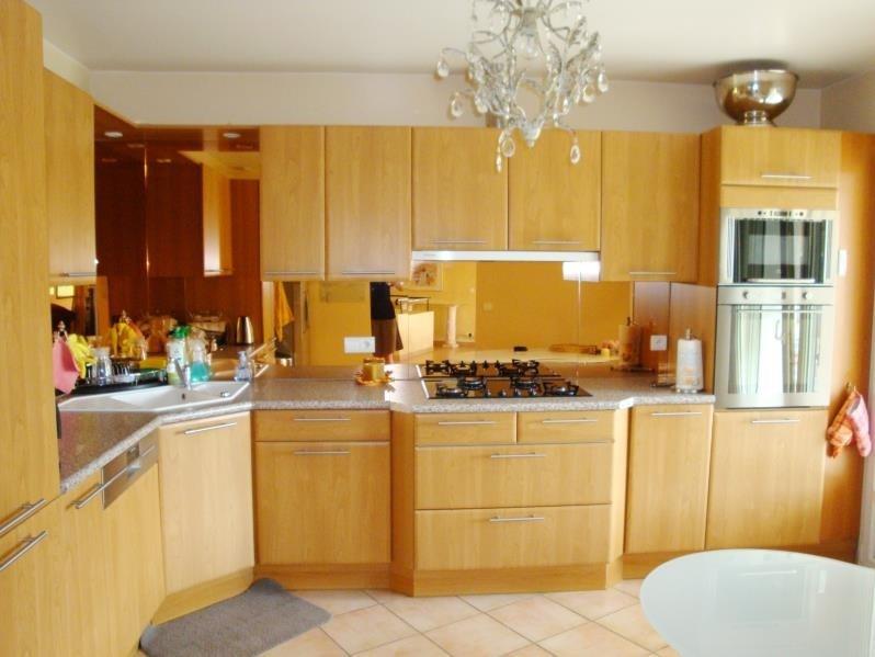 Deluxe sale house / villa Cranves sales 698000€ - Picture 3