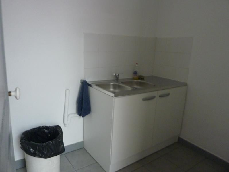 Location appartement Marseille 8ème 700€ CC - Photo 3