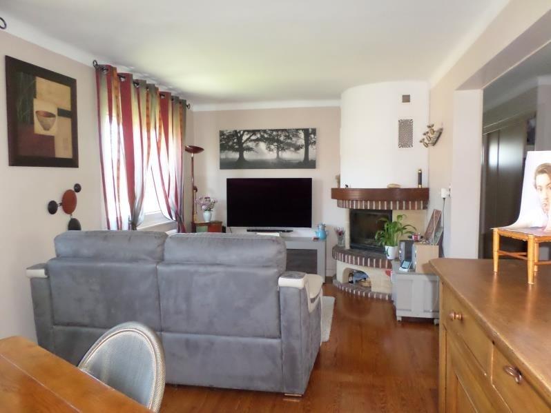 Sale house / villa Oyonnax 230000€ - Picture 4