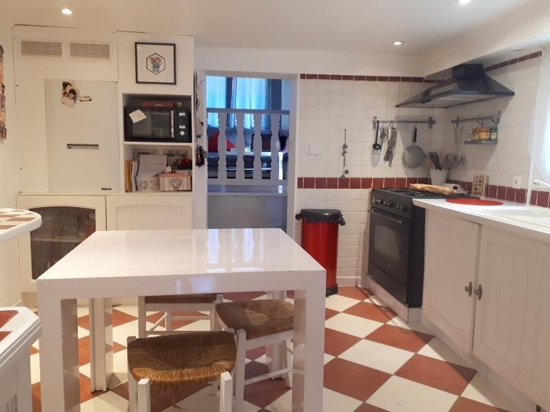 Sale house / villa L'isle-adam 315000€ - Picture 2