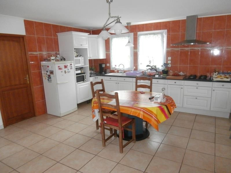 Sale house / villa Cesny bois halbout 240000€ - Picture 5