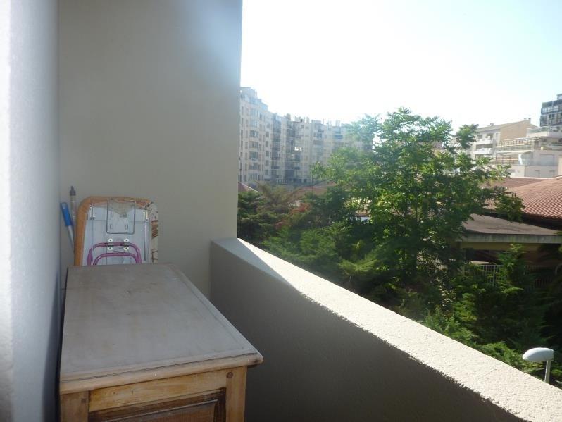 Location appartement Marseille 6ème 690€ CC - Photo 4