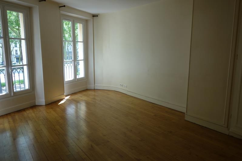 Location appartement Versailles 1 150€ CC - Photo 1
