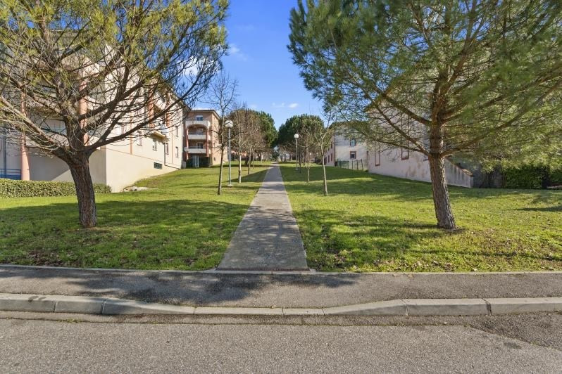 Rental apartment L union 475€ CC - Picture 9