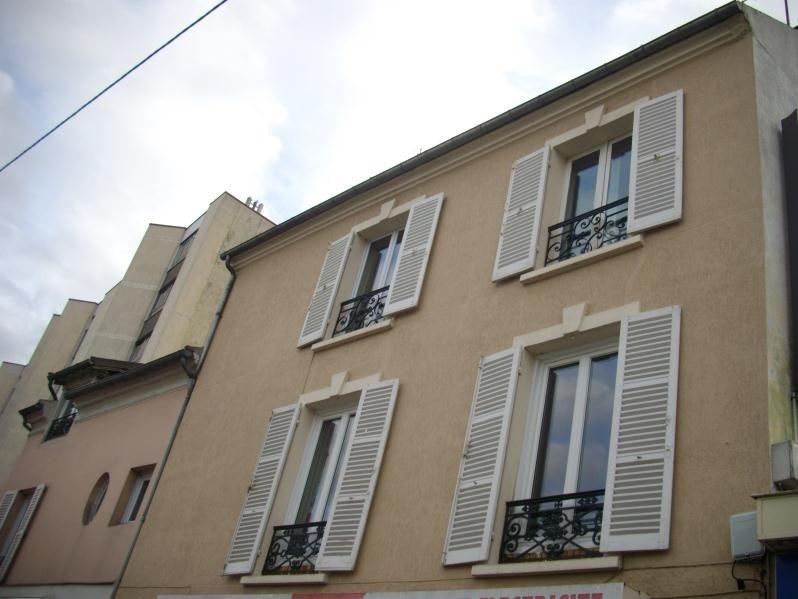 Rental apartment Chatou 726€ CC - Picture 1