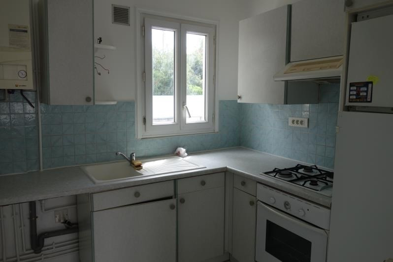 Rental apartment Le chesnay 980€ CC - Picture 5