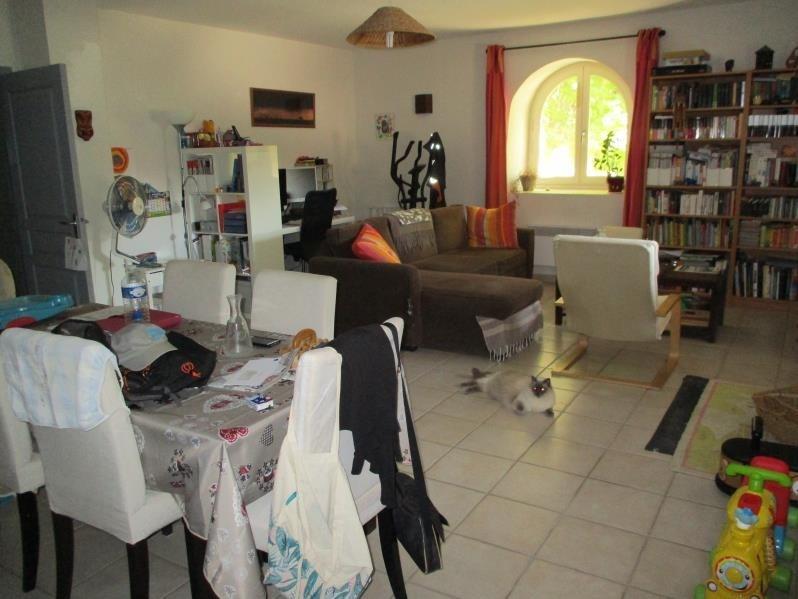 Verhuren  appartement Eyguieres 787€ CC - Foto 2