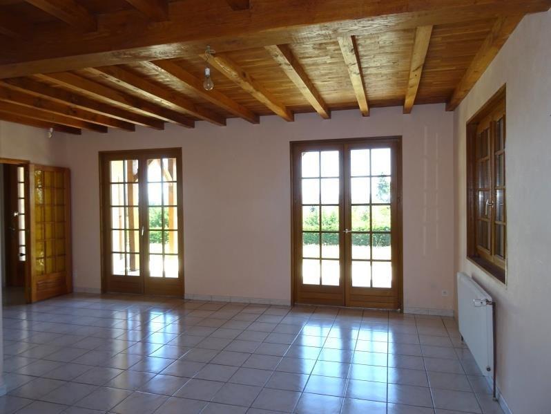 Rental house / villa Neulise 735€ CC - Picture 2