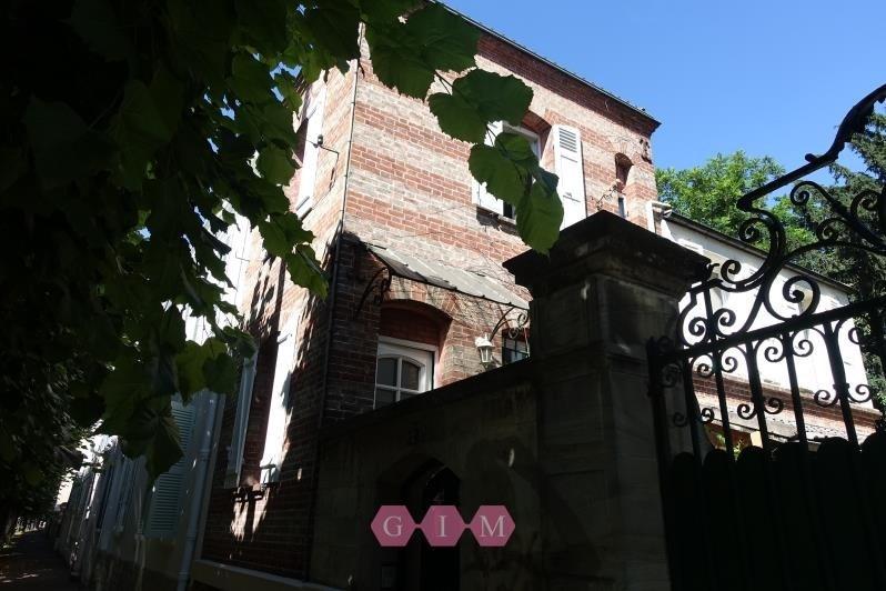 Rental house / villa Poissy 890€ CC - Picture 1