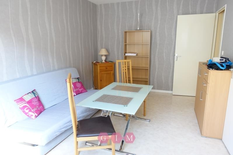 Rental apartment Andresy 595€ CC - Picture 1