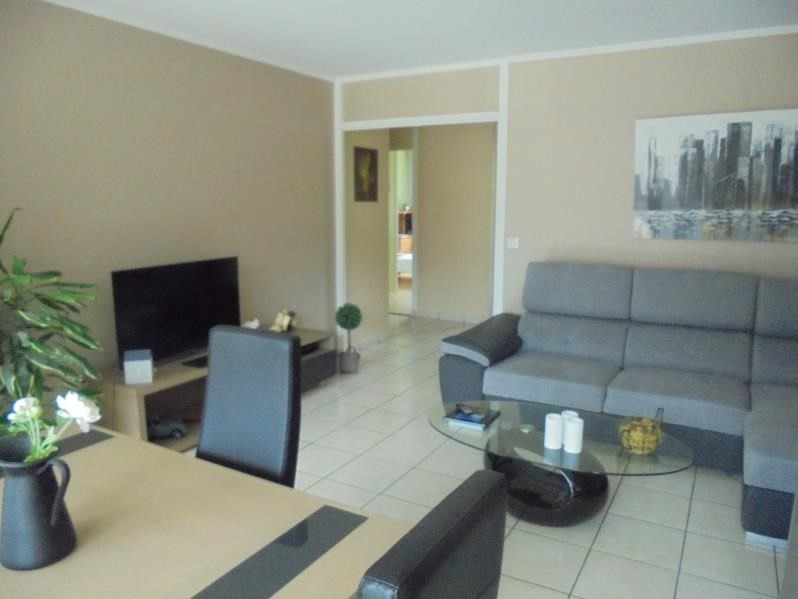 Sale apartment Cluses 242 000€ - Picture 1