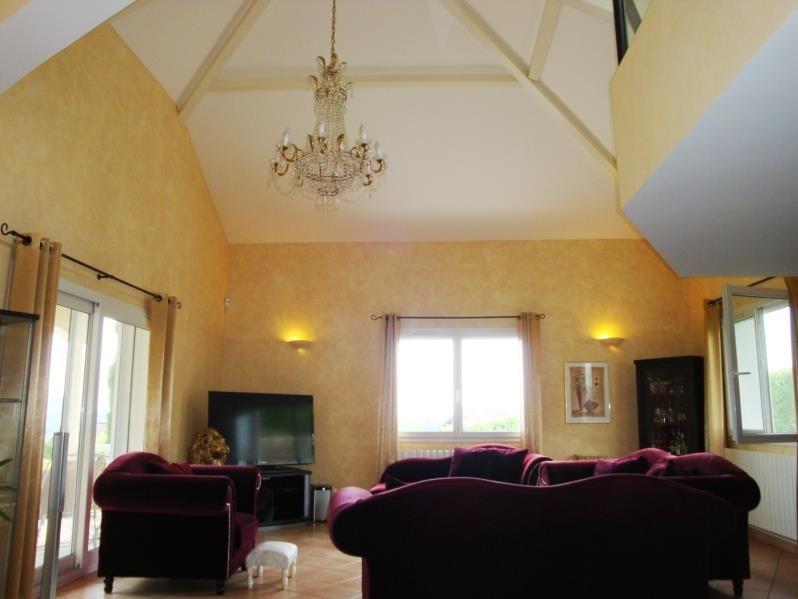 Deluxe sale house / villa Cranves sales 698000€ - Picture 4