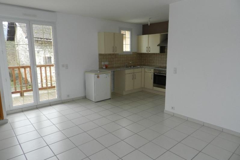 Rental apartment Culoz 459€ CC - Picture 1