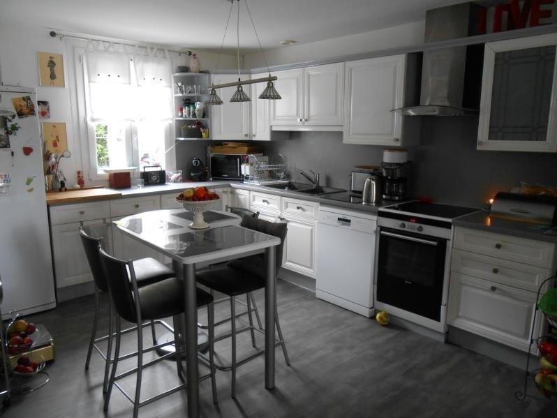 Sale house / villa Montivilliers 304000€ - Picture 3