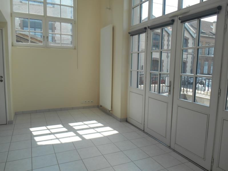 Location loft/atelier/surface Troyes 645€ CC - Photo 3