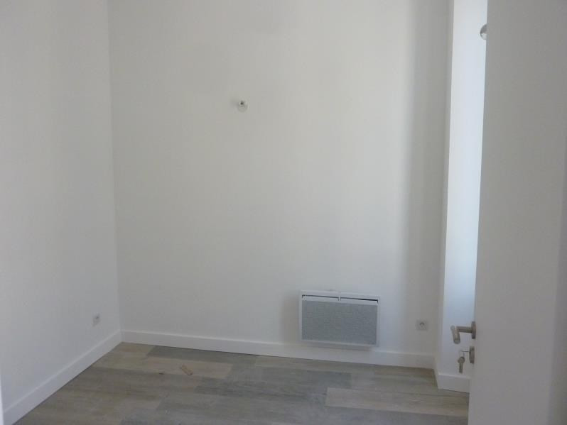 Location appartement Marseille 8ème 750€ CC - Photo 4