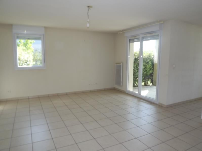 Rental apartment Vendome 580€ CC - Picture 2