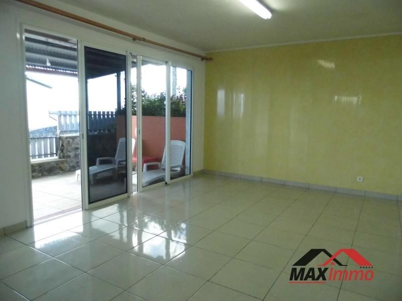 Location local commercial Petite ile 1 300€ HT/HC - Photo 2