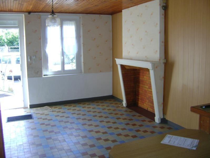 Sale house / villa St nicolas des motets 86250€ - Picture 2