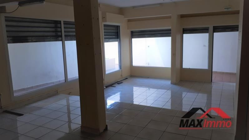 Location local commercial St pierre 2000€ HT/HC - Photo 2