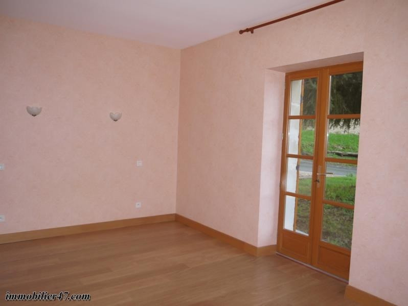 Location maison / villa Verteuil d agenais 510€ CC - Photo 14