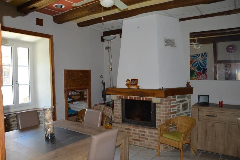 Sale house / villa Chalus 179900€ - Picture 6