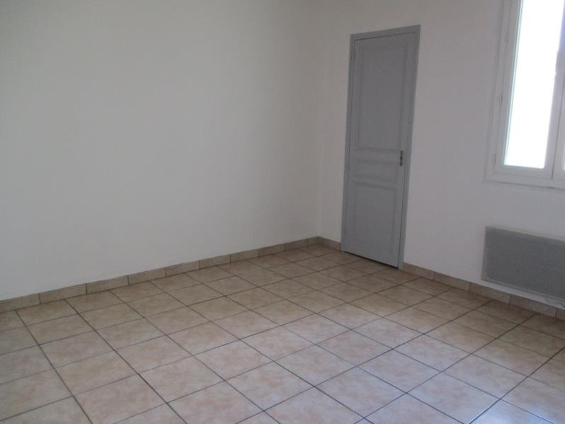 Location appartement Salon de provence 510€ CC - Photo 2