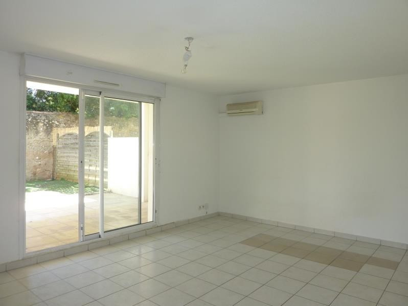 Location appartement Marseille 8ème 1 140€ CC - Photo 3