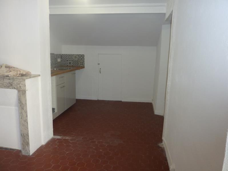 Location appartement Marseille 4ème 490€ CC - Photo 8