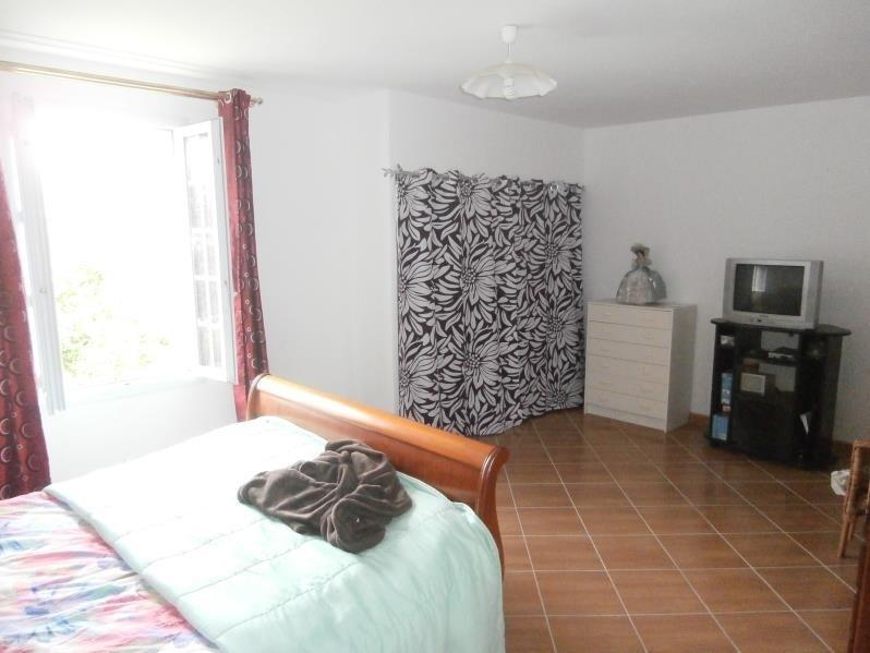 Sale house / villa Cesny bois halbout 240000€ - Picture 9