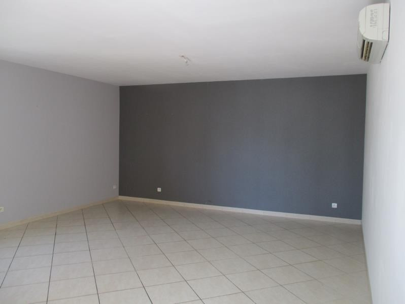 Verhuren  huis Nimes 1350€ CC - Foto 6