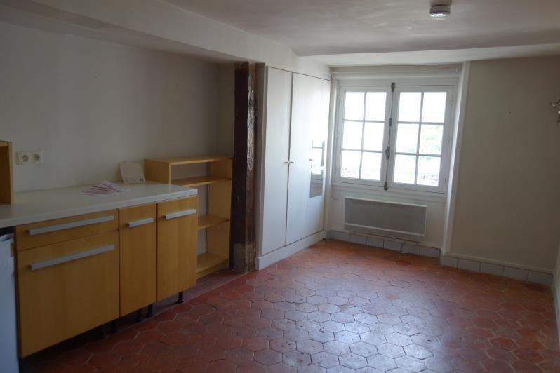 Location appartement Versailles 585€ CC - Photo 1