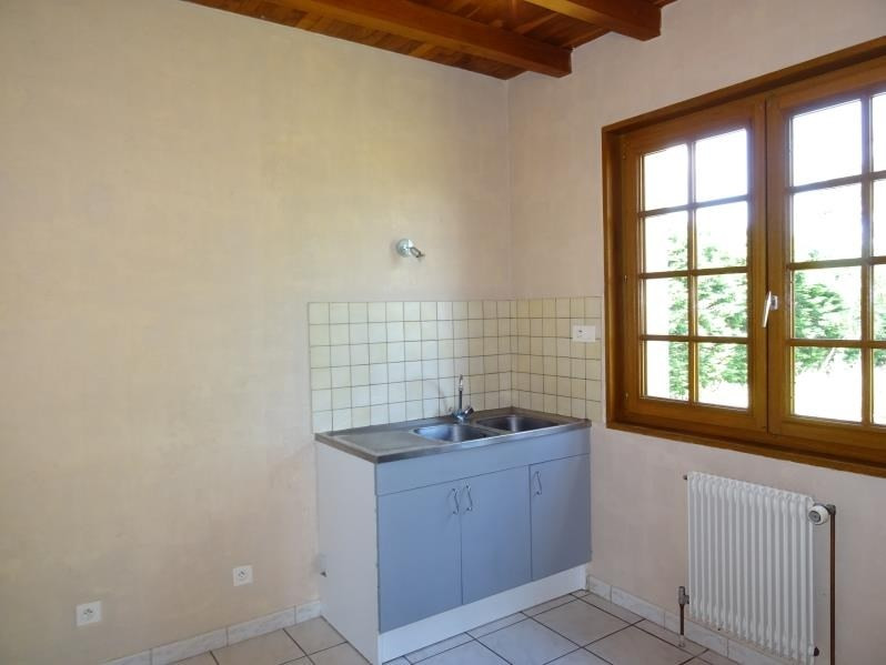 Rental house / villa Neulise 735€ CC - Picture 4