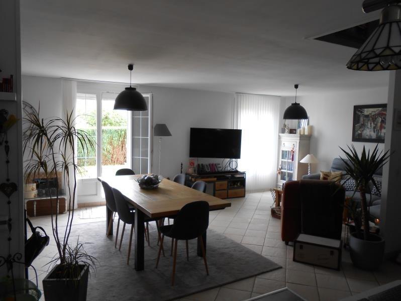 Sale house / villa Montivilliers 304000€ - Picture 2