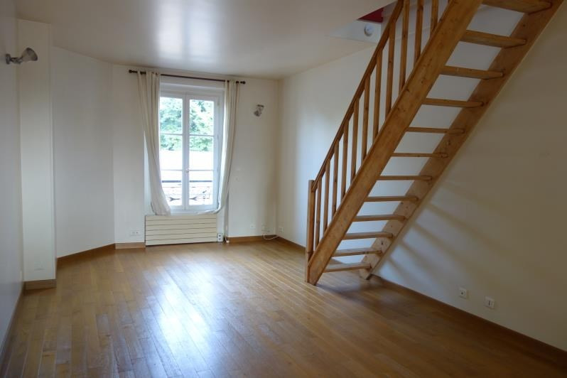 Rental apartment Versailles 1140€ CC - Picture 1