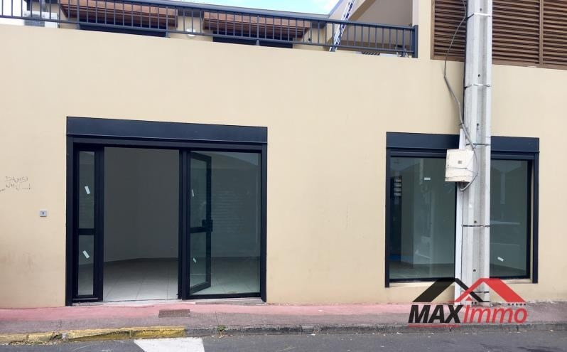 Location local commercial St pierre 1100€ HT/HC - Photo 4