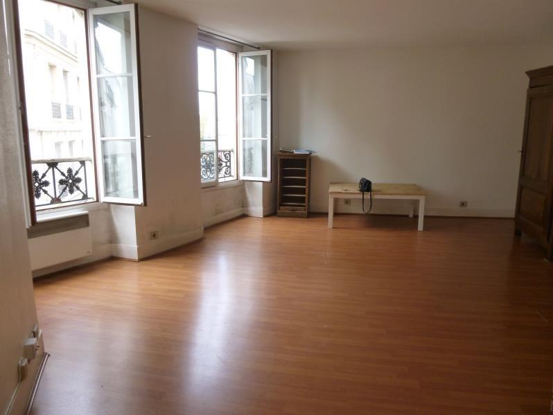 Sale apartment Paris 11ème 330000€ - Picture 1