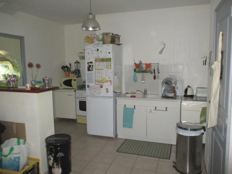 Location appartement Eyguieres 787€ CC - Photo 4