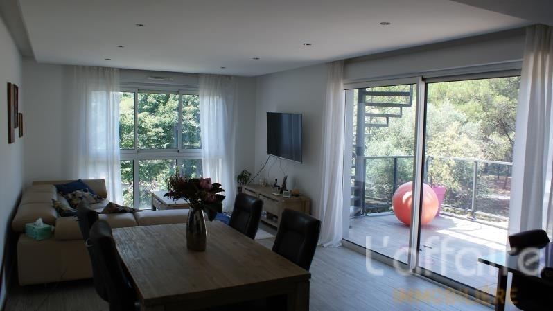 Sale apartment Frejus 510000€ - Picture 2