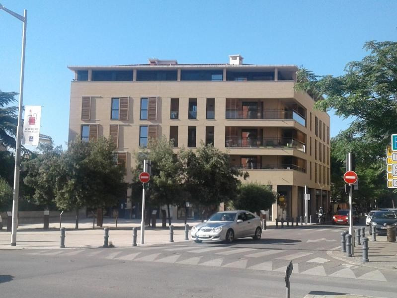 Rental apartment Aix en provence 2130€ CC - Picture 2