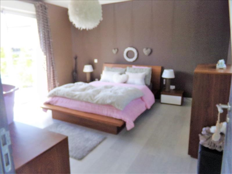 Sale house / villa Brebieres 407550€ - Picture 6